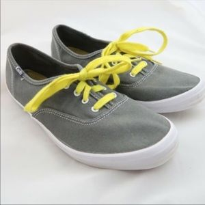 KEDS Women's Size 9.5 Gray Yellow Lace Up Sneakers